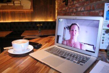 Video-meetings vermoeiender dan echt vergaderen